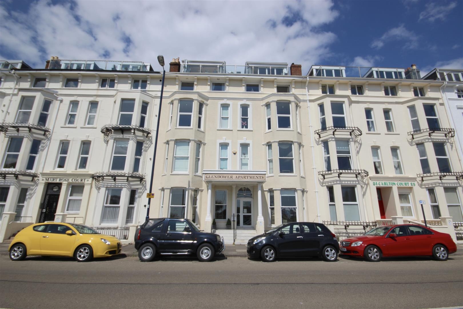 2 Bedrooms Flat for sale in South Parade, SOUTHSEA, Portsmouth, Hampshire